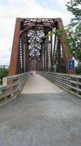 passerelle Bill Thorpe walking bridge