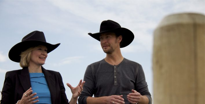 Mrs Laureen Harper and singer Paul Brandt chat on the Glenbow Ranch segment of the Trans Canada Trail