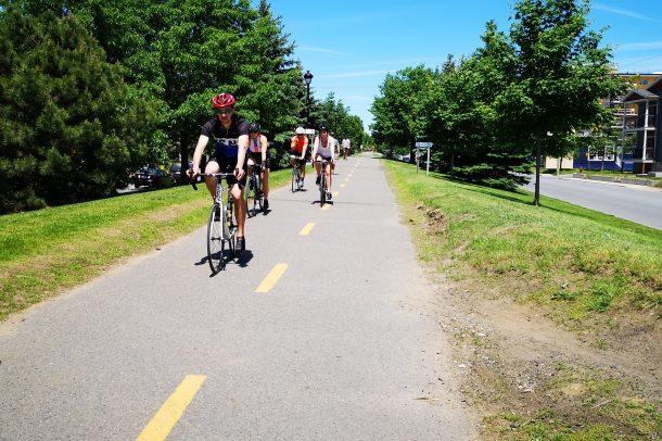 Cyclistes au départ de Victoriaville
